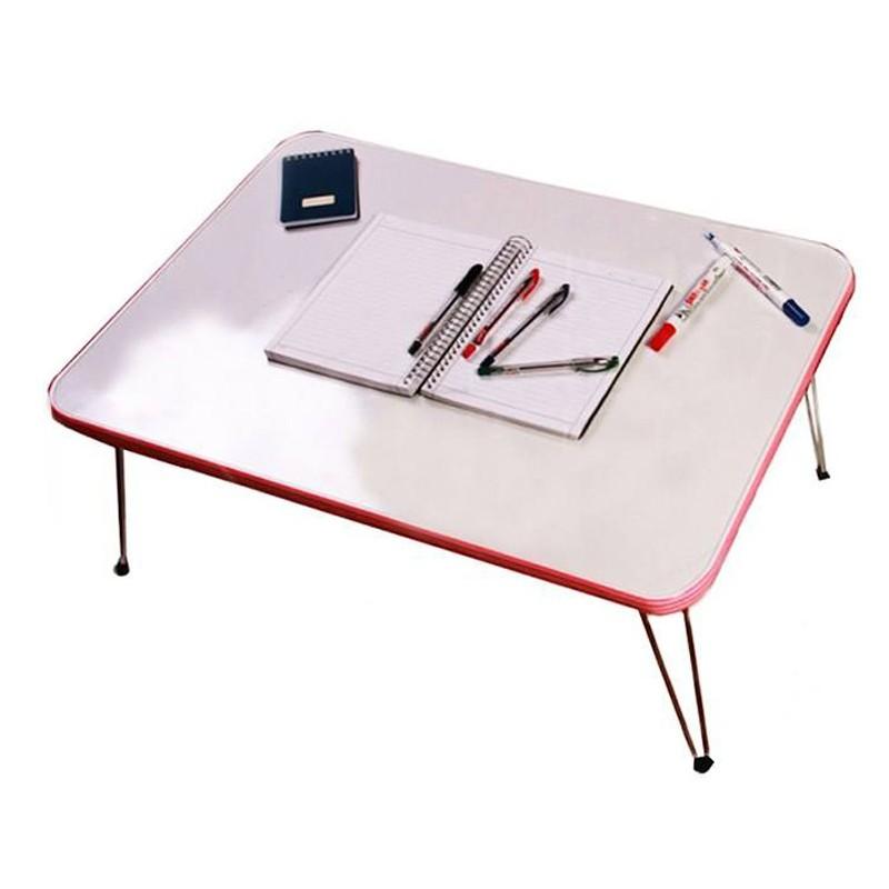 میز تحریر نشسته وایت بردی پارس